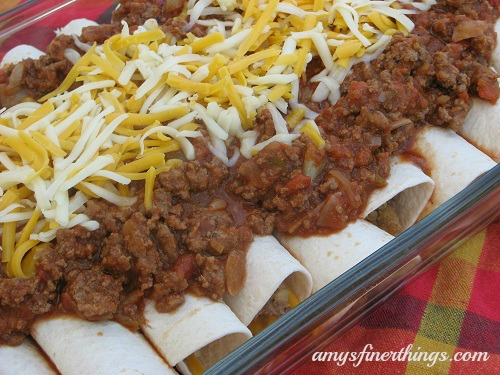 Smothered Beans and Rice Burritos from amysfinerthings.com
