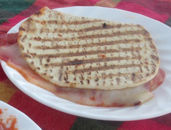 pizza panini